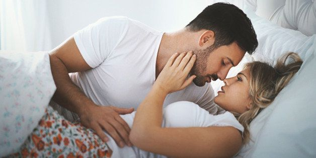 How to have sex while kissing
