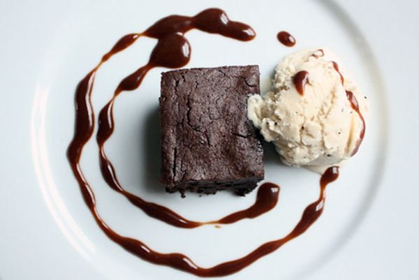 """<strong>Get the <a href=""""http://whippedtheblog.com/2009/12/25/full-moon-brownies-with-wattleseed-ice-cream/"""" target=""""_blank"""">"""