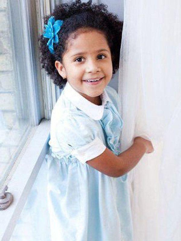 "<a href=""https://www.huffpost.com/entry/connecticut-shooting-victims_n_2308463"">De AP:</a>Ana Marquez-Greene, de seis años de"