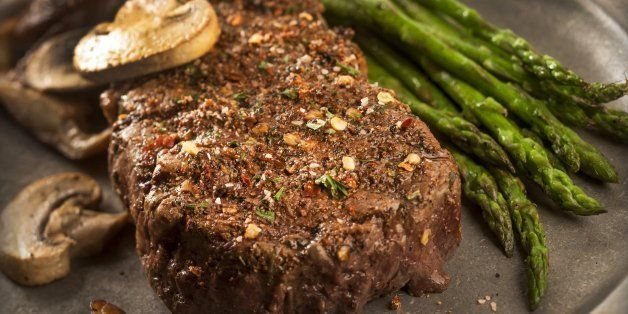 This steak rub featuring garlic, smoked paprika and crushed red pepper flakes. (Bill Hogan/Chicago Tribune/MCT via Getty Images)