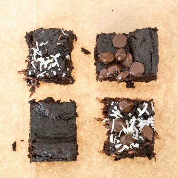 "<strong>Get the <a href=""http://www.myutensilcrock.com/2014/08/10/breakfast-brownies/"" target=""_blank"">Breakfast Brownies</a>"