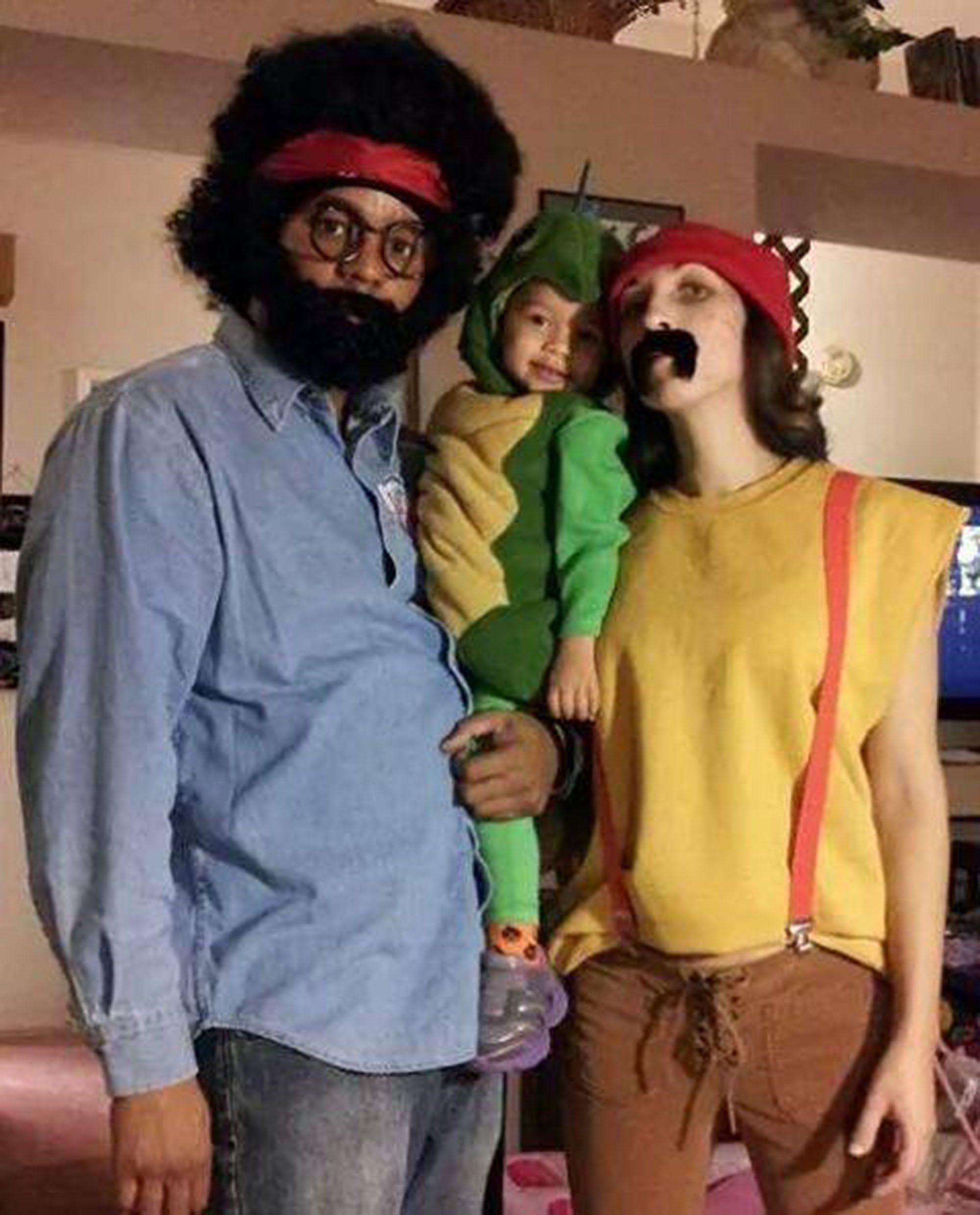 Family Halloween Costumes That Prove Dressing Up Is Not Just Child S Play Huffpost Life