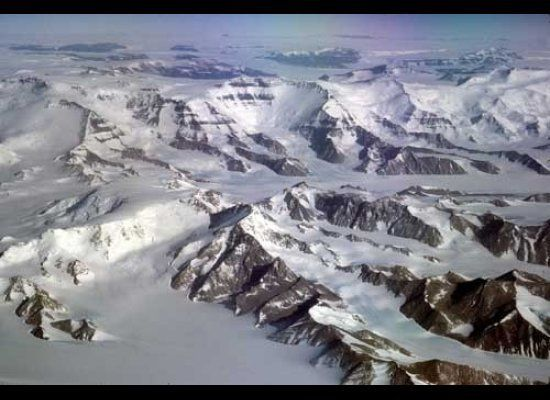South of Beardmore Glacier, the Transantarctic Mountains are composed of high, blocky massifs topped by layers of flat-lying