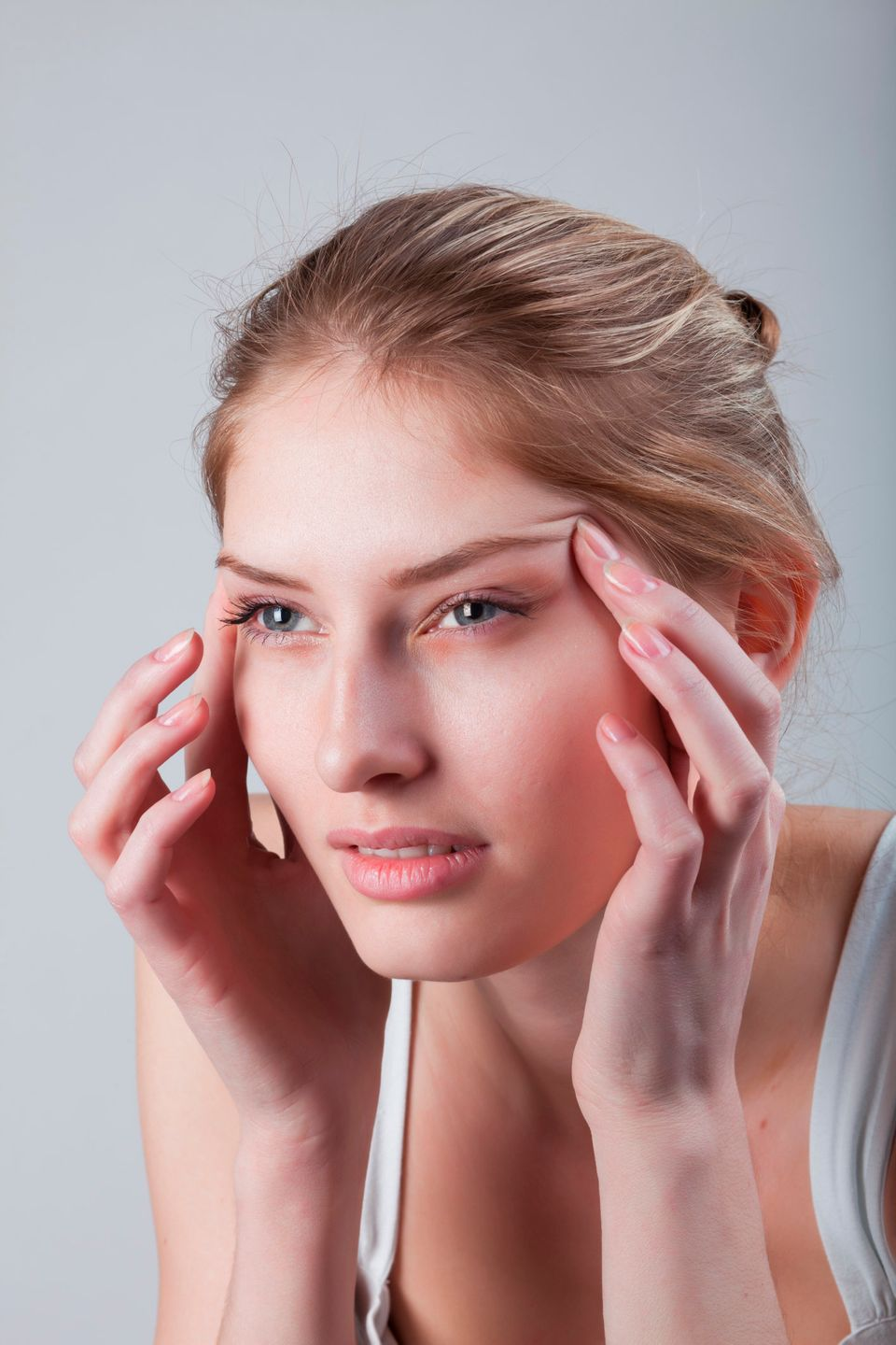 "As your vision worsens with age, other muscles around the eye pitch in to help you focus, says <a href=""http://www.skincaredo"