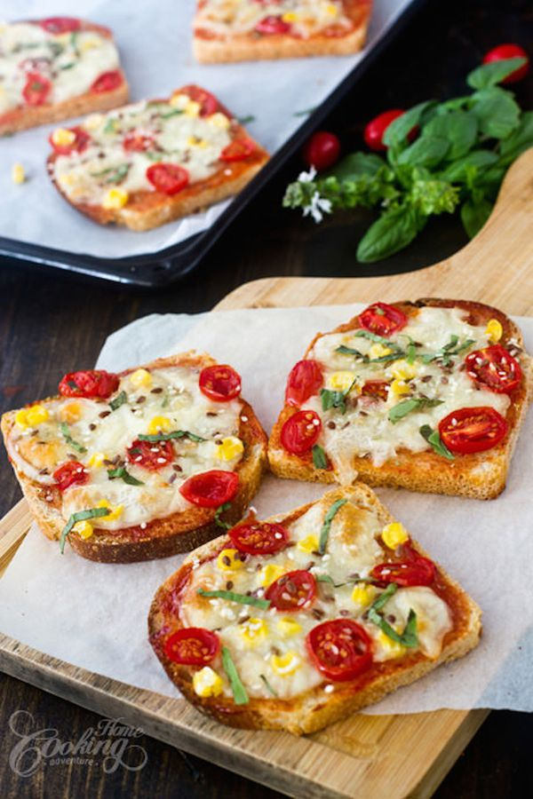 "<strong>Get the <a href=""http://www.homecookingadventure.com/recipes/bread-pizza"" target=""_blank"">Corn & Cherry Tomato Bread"