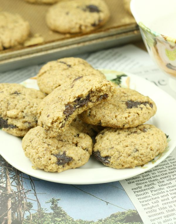 """This recipe contains 34 calories per serving.  <br><br><strong>Get the <a href=""""http://www.foodiefiasco.com/chocolate-chip-nu"""