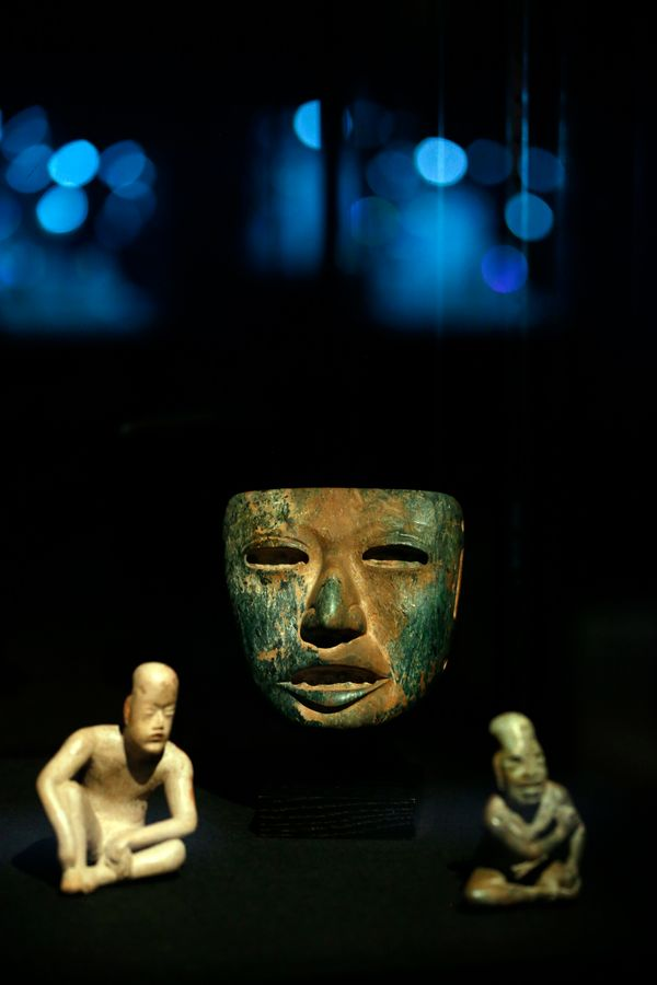 """Mexico's first major civilization, the Olmecs, <a href=""""http://www.history.com/topics/mexico"""" target=""""_blank"""">established the"""