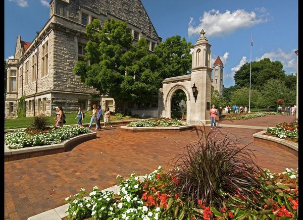 <strong>Bloomington, Indiana