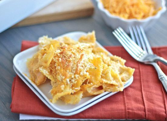 "<strong>Get the <a href=""http://www.bakeyourday.net/creamy-sriracha-pasta-bake/"">Creamy Sriracha Pasta Bake recipe</a> by Bak"