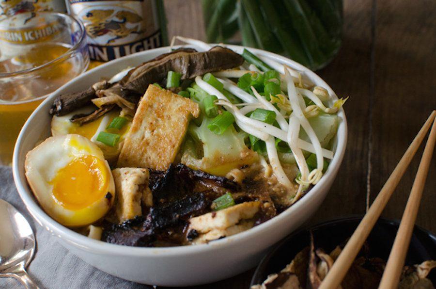 """<strong>Get the <a href=""""http://asideofsweet.com/vegetarian-homemade-ramen-bowls-recipe/"""" target=""""_blank"""">Vegetarian Homemade"""