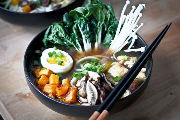 Here's Why Pho Is Really Pronounced 'Fuh' | HuffPost Life