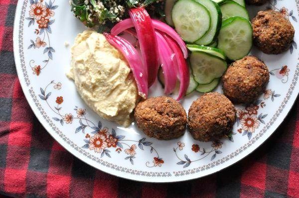 "<strong>Get the <a href=""http://food52.com/recipes/23146-falafel-and-hummus-mezze-platter"" target=""_blank"">Falafel and Hummus"