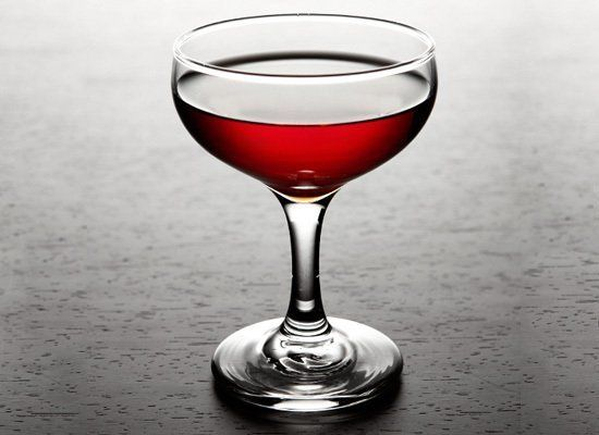 With only two ingredients, quality is important in this simple Washington-born cocktail. The Desmo combines cognac with balsa