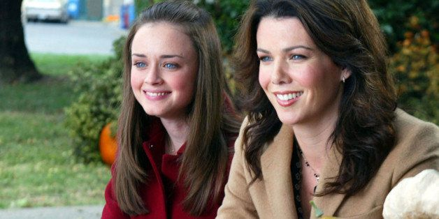 LOS ANGELES - OCTOBER 24:  'Let The Games Begin' (l-r) Alexis Bledel as Rory Gilmore, Lauren Graham as Lorelai Gilmore.  (Photo by Mitchell Haddad/CBS Photo Archive via Getty Images)