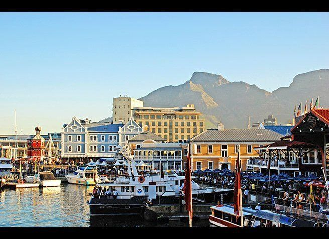 <em>Photo Credit: InnaFelker / Shutterstock</em>  New Year's celebrations span three days in this vibrant South African cit