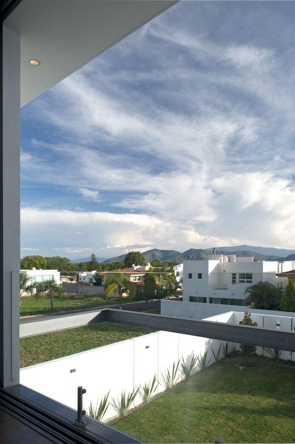 That <em>is</em> a pretty good view.