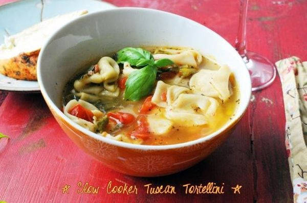 "<strong>Get the <a href=""http://noshandnourish.com/content/house-hunting-slow-cooker-tuscan-tortellini"" target=""_blank"">Slow"