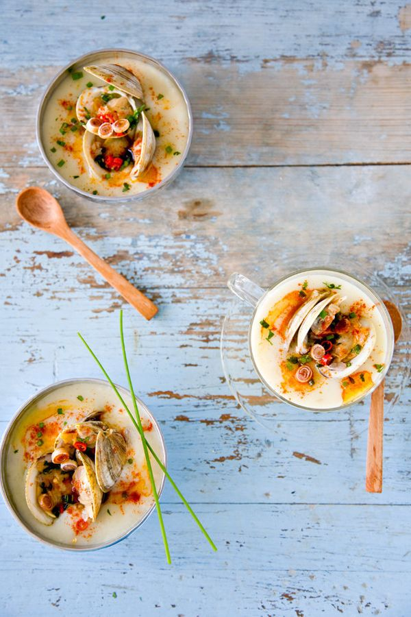 """<strong>Get the <a href=""""http://www.tartineandapronstrings.com/2012/08/16/thai-clam-chowder-adventures-in-thailand/"""">Thai Cla"""