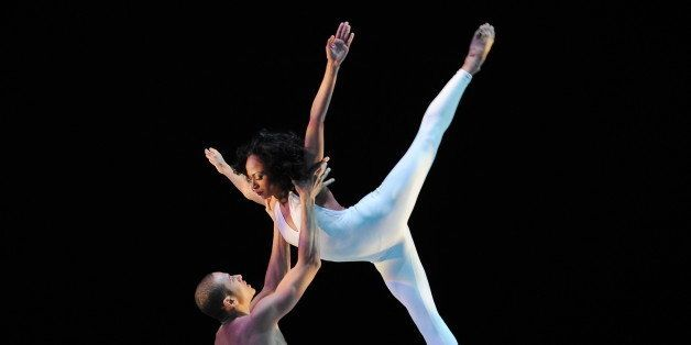 Linda Celeste Sims and Clifton Brown of the Alvin Ailey American Dance Theater during dress rehearsal of 'Bad Blood', from the retrospective 'Best of 20 Years', December 10, 2009 in New York. The performance highlights the 20th anniversary of Judith Jamison as artistic director of the company. AFP PHOTO/Stan Honda (Photo credit should read STAN HONDA/AFP/Getty Images)