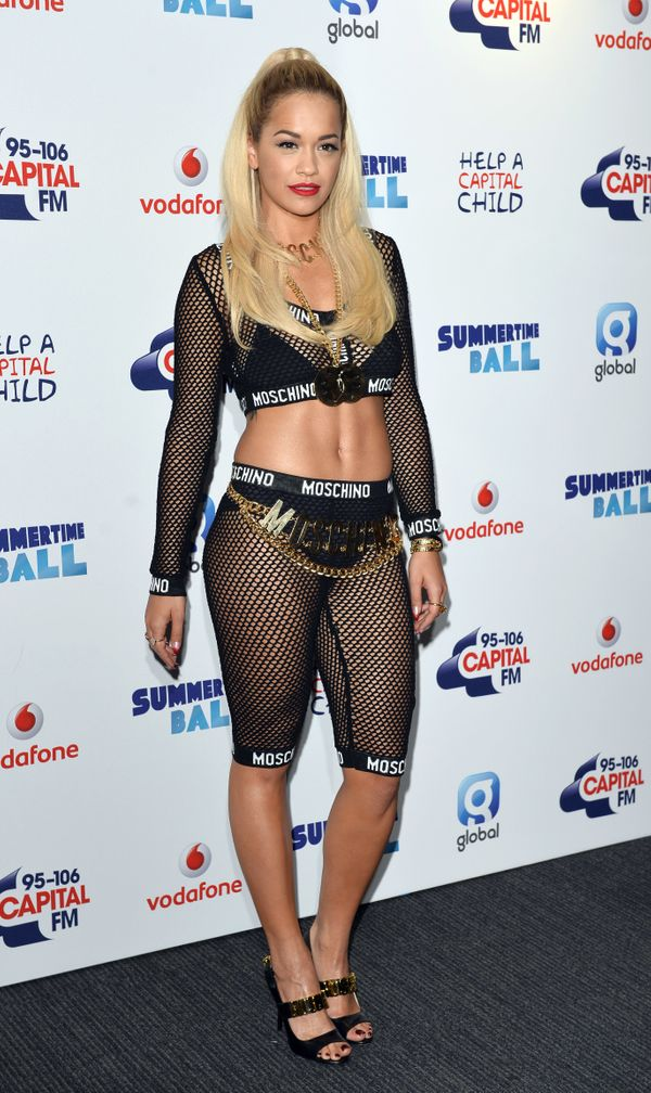 Exposed underwear and fishnet pants never make for a winning red carpet look.