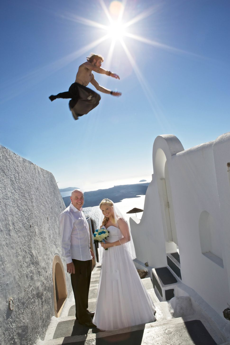 "<strong>Cowabunga, dude! </strong><br><br> Get the backstory <a href=""http://www.huffingtonpost.com/2014/10/07/parkour-weddin"