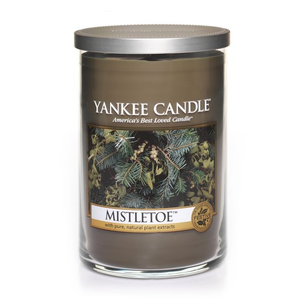 """<strong>Score</strong>: 3.3 <br><strong>What the <a href=""""http://www.yankeecandle.com/fragrance/mistletoe/_/N-1z140yy"""" target"""
