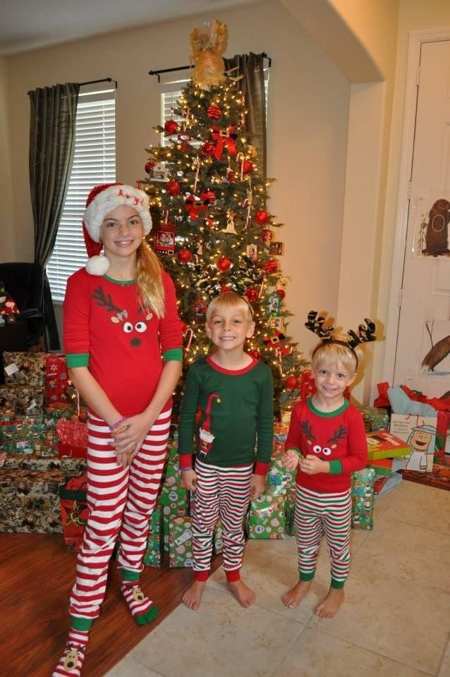 31 Photos Of Cozy Kids Rockin\' Their Christmas Pajamas | HuffPost Life