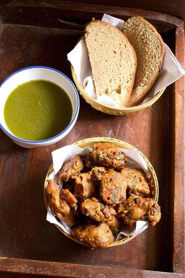 "<strong>Get the <a href=""http://www.vegrecipesofindia.com/palak-pakora-spinach-pakora/"" target=""_blank"">Palak Pakora: Spinach"