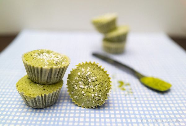 "<strong>Get the <a href=""http://www.tinyurbankitchen.com/matcha-mochi-cupcakes/"" target=""_blank"">Matcha Mochi Cupcakes recipe"