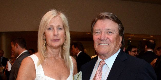 """Jenny Conant and Steve Kroft attend the VIP reception at the Academy of Television Arts & Sciences Presents """"The 6th Annual Television Honors"""" at the Beverly Hills Hotel on Thursday, May 9, 2013 in Beverly Hills, Calif. (Photo by Tonya Wise/Invision for Academy of Television Arts & Sciences/AP Images)"""
