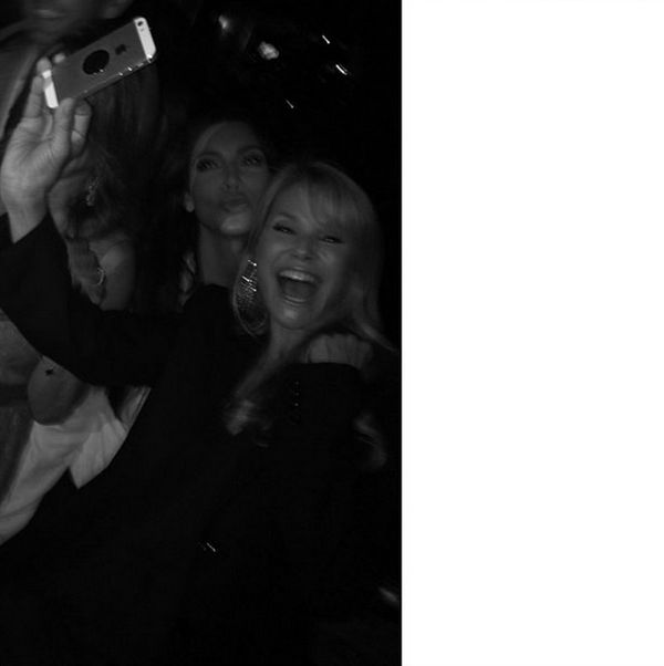 #selfies @christiebrinkley