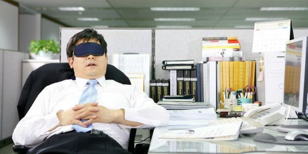 How To Sleep At Your Desk If You Dare Huffpost Life
