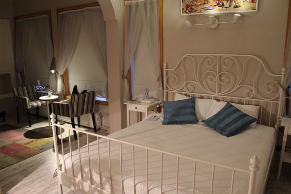 """터키 콘야를 방문하는 사람들은 주로 메블라나 박물관을 관람하기 위해 온다. <a href=""""http://www.tripadvisor.com/HotelHighlight-g298014-d3803264-Reviews-a_cja.1"""