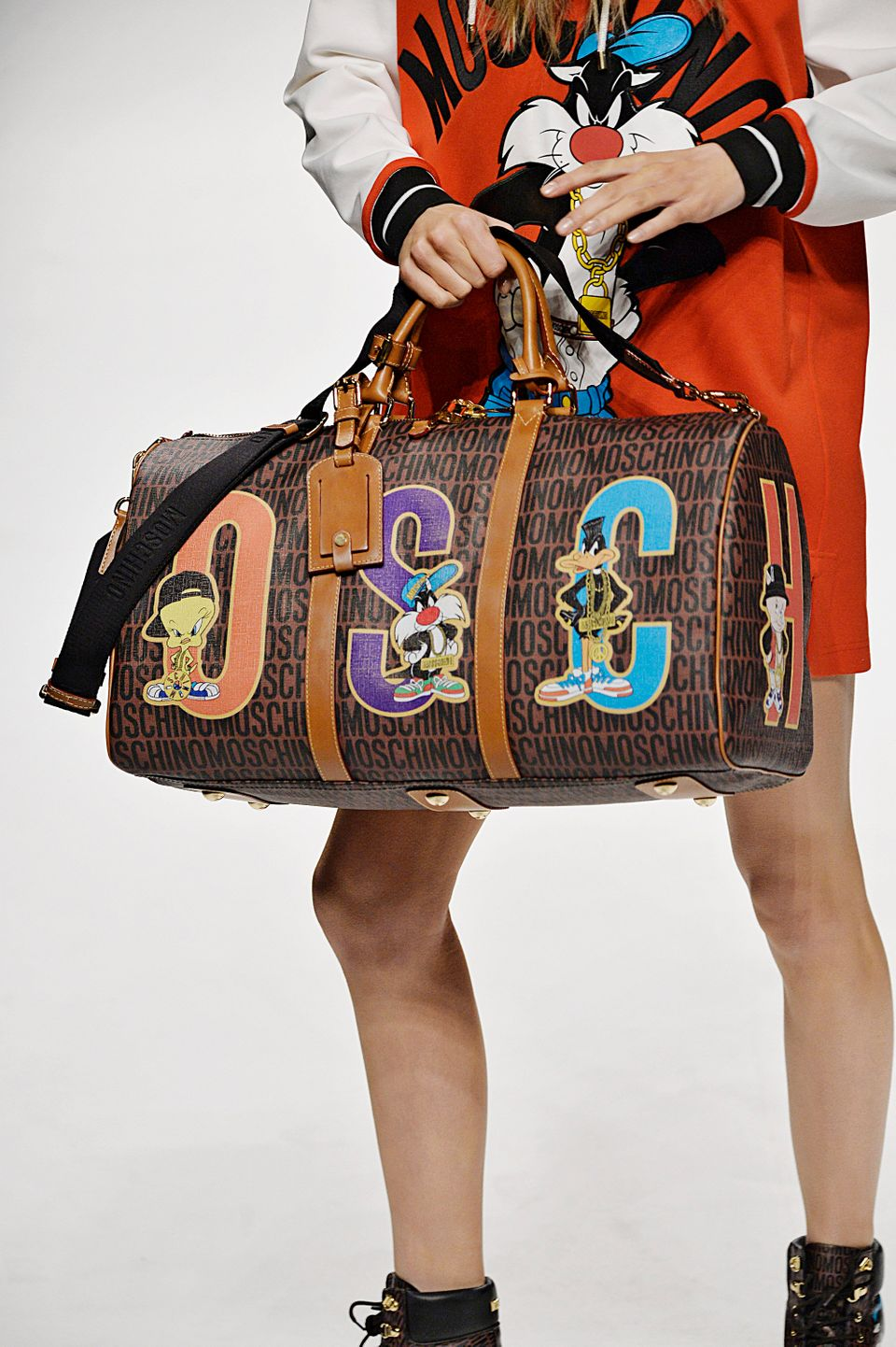 cbcb3a6aed2 Moschino Pays Homage To The Looney Tunes' Hip Hop Days In Fall 2015 ...