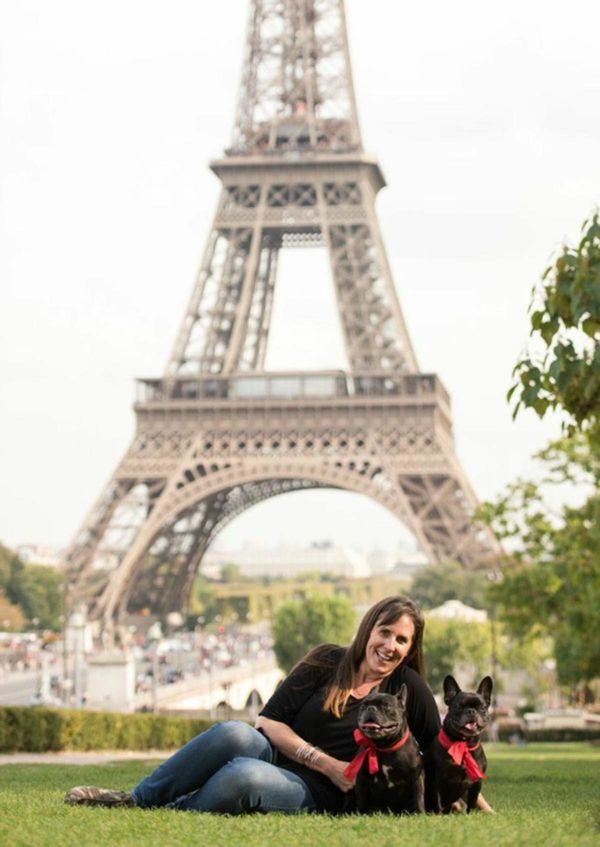 French Bulldogs, Pippa and Petite, split their time between San Francisco and Paris.