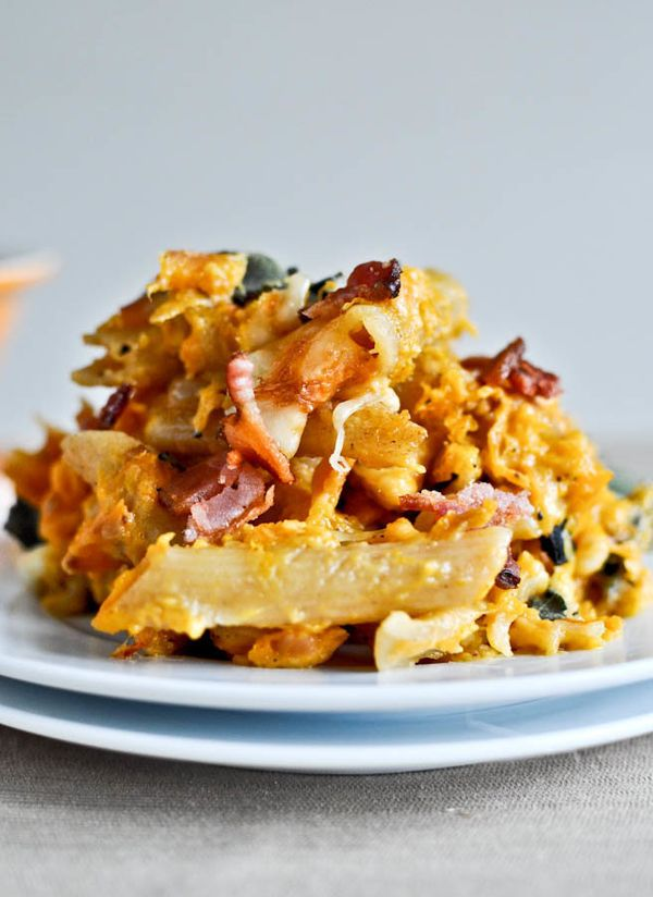 "<strong>Get the <a href=""http://www.howsweeteats.com/2011/11/roasted-butternut-baked-penne/"" target=""_blank"">Roasted Butternu"