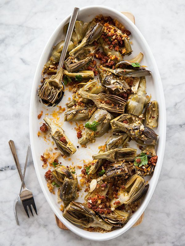 """<strong>Get the <a href=""""http://www.foodiecrush.com/2013/04/roasted-artichokes-with-chorizo-dressing-and-an-artichoke-recipe-"""