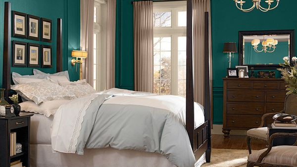"""Looking for a soothing place to escape at the end of the day? <a href=""""http://www.behr.com/consumer/"""" target=""""_blank"""">BEHR Pa"""