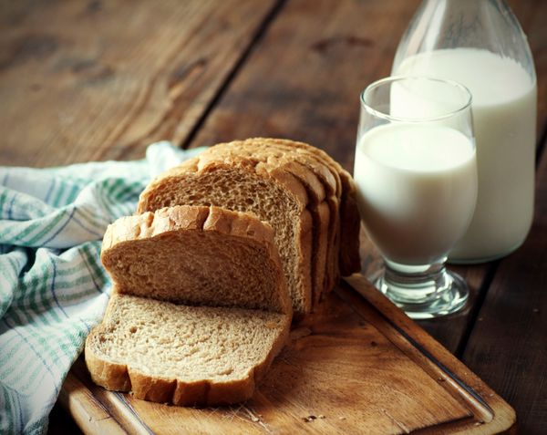 Moistening bread with milk or water and slapping it on your skin seems like something only an infant could teach us to do. Bu