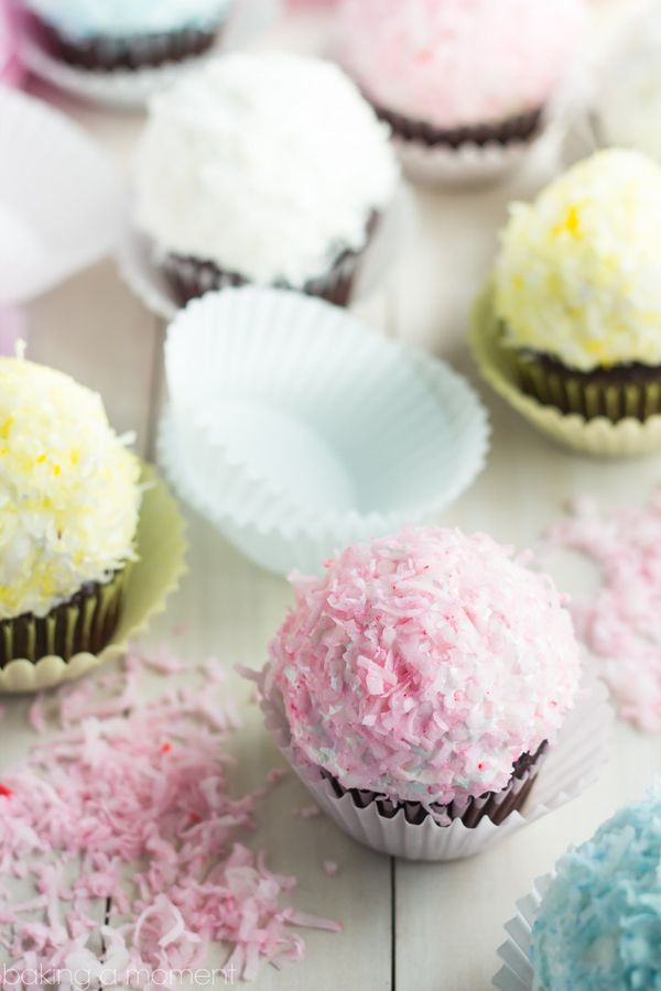 """<strong>Get the <a href=""""http://bakingamoment.com/snowball-cupcakes/"""" target=""""_blank"""">Snowball Cupcakes recipe</a> from Bakin"""