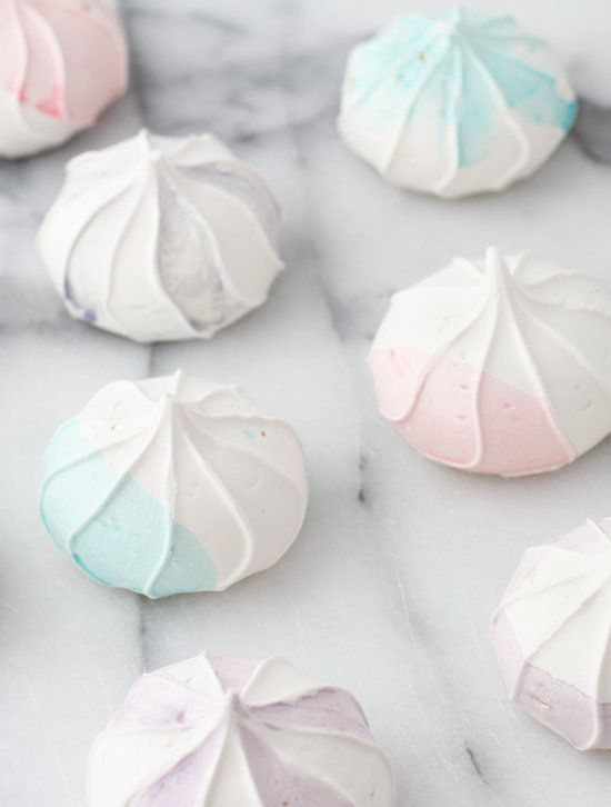 """<strong>Get the <a href=""""http://www.papernstitchblog.com/2014/04/22/mothers-day-diy-to-try-watercolor-meringues/"""" target=""""_bl"""