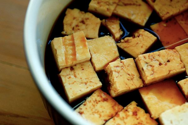 """<a href=""""http://www.pcrm.org/health/medNews/soy-reduces-inflammation"""" target=""""_blank"""">Soy-based foods</a> like tofu boast iso"""