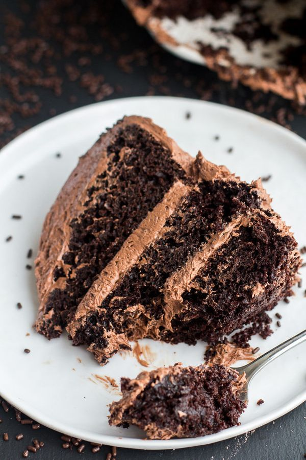 """<strong>Get the <a href=""""http://www.halfbakedharvest.com/simple-chocolate-birthday-cake-whipped-chocolate-buttercream/"""" targe"""
