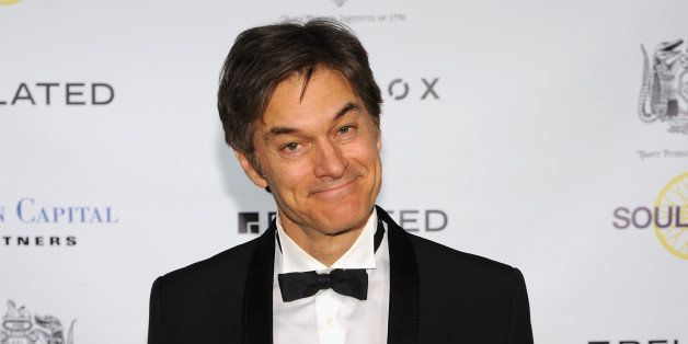 NEW YORK, NY - APRIL 13:  Dr. Mehmet Oz attends The Hasty Pudding Institute of 1770 Order of the Golden Sphinx Gala 2015 at The Plaza Hotel on April 13, 2015 in New York City.  (Photo by Andrew Toth/Getty Images)