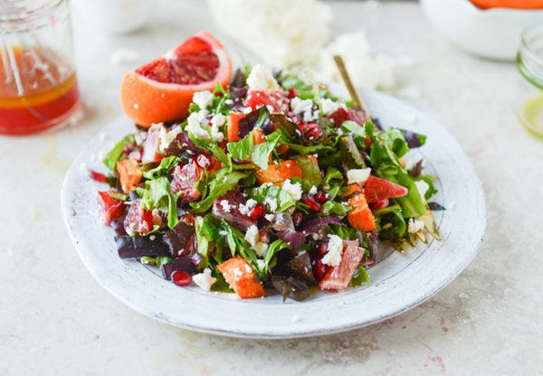 """<strong>Get the <a href=""""http://www.howsweeteats.com/2015/01/winter-chopped-salad-with-roasted-sweet-potato-and-blood-orange-"""