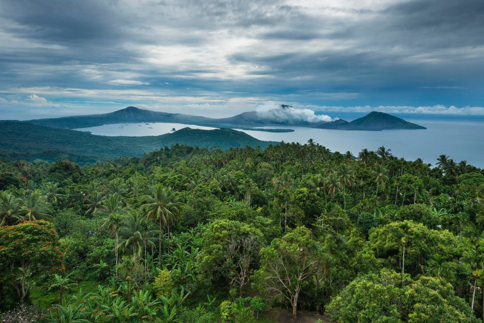 "Papua New Guinea is famously remote and notoriously difficult to reach. In 2005, the country saw just <a href=""http://www.tpa"
