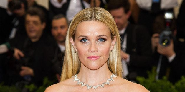 """Reese Witherspoon arrives at The Metropolitan Museum of Art's Costume Institute benefit gala celebrating """"China: Through the Looking Glass"""" on Monday, May 4, 2015, in New York. (Photo by Charles Sykes/Invision/AP)"""