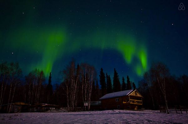 "This cabin features stunning views of ""Alaskan wildlife, beautiful sun sets and our famous auroras.""<br>  <strong>City:</stro"