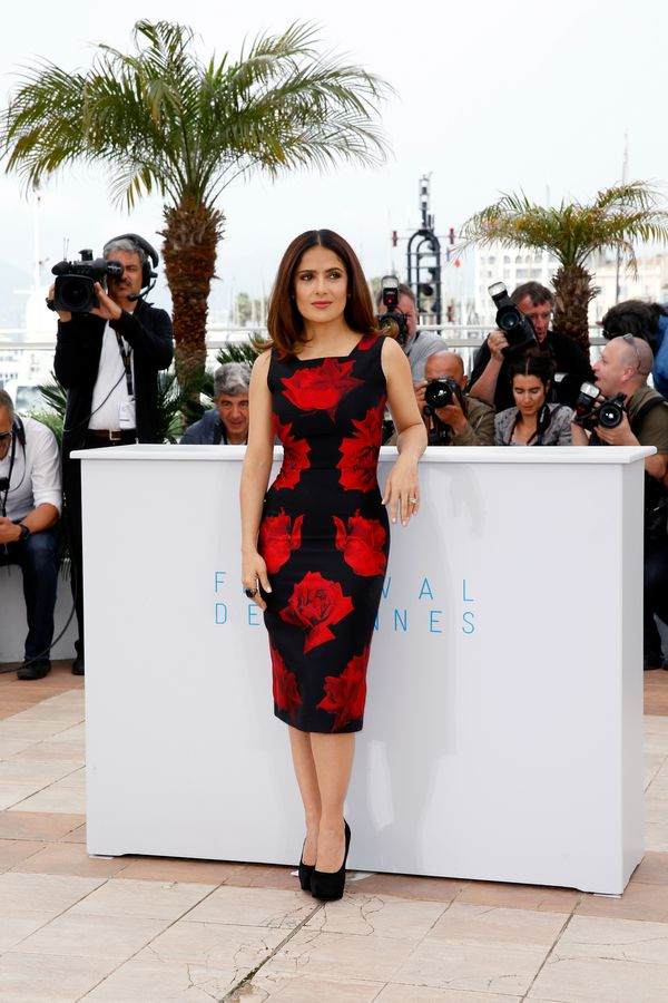 <strong>Salma Hayek In Alexander McQueen:</strong> Many people steer away from red and black for fear of looking to vampy, bu