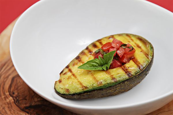 """<strong>Get the <a href=""""http://foodandstyle.com/grilled-avocado-with-tomato-basil-salsa/"""" target=""""_blank"""">Grilled Avocado re"""